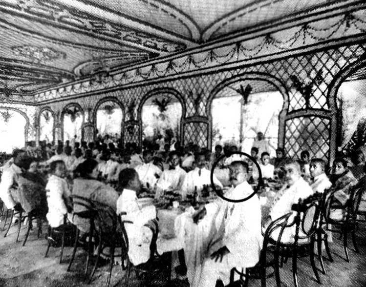 Bodas de plata luncheon held on the second day of their anniversary celebration in 1911